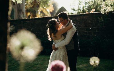 Colourful wedding | Athelhampton House